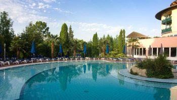 Outdoorpool Lotus Hotel Bad Heviz