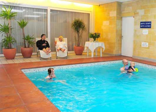 Wellnessurlaub im Hotel Walram mit Hotelpool